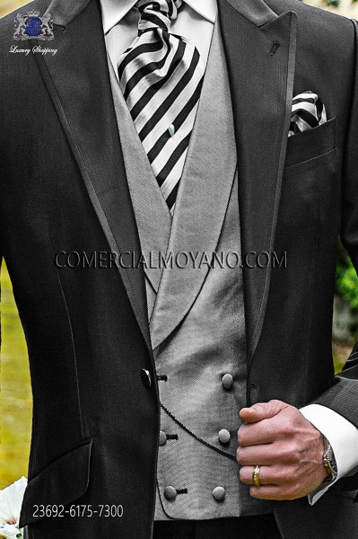 Light gray double breated groom waistcoat in micro patterned fabric