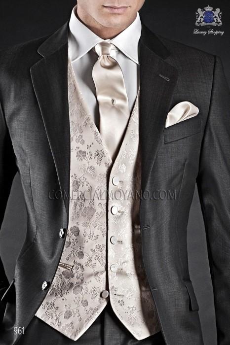Ivory/gold groom waistcoat in silk jacquard fabric