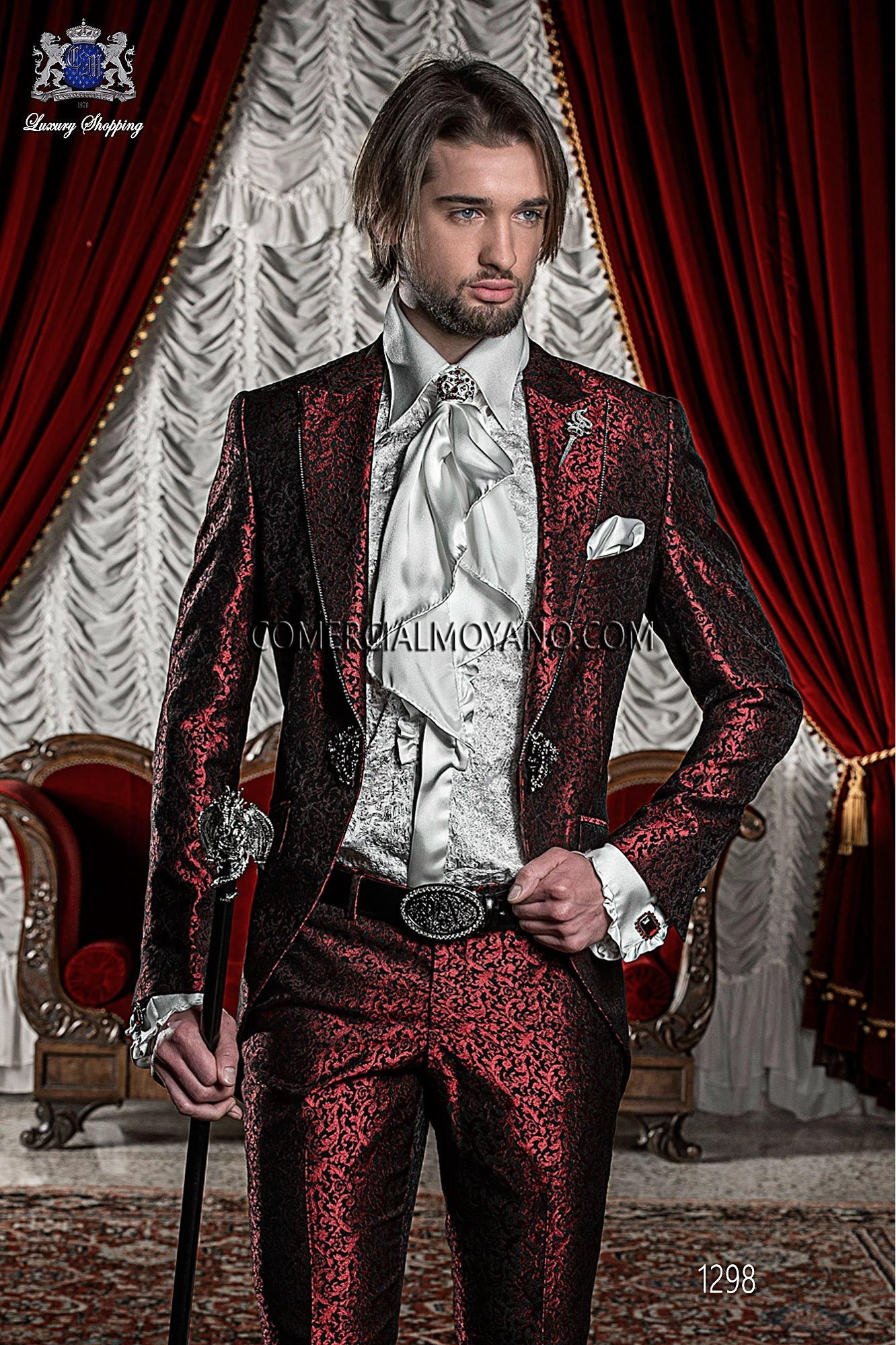 Baroque or gothic wedding: prince for one day