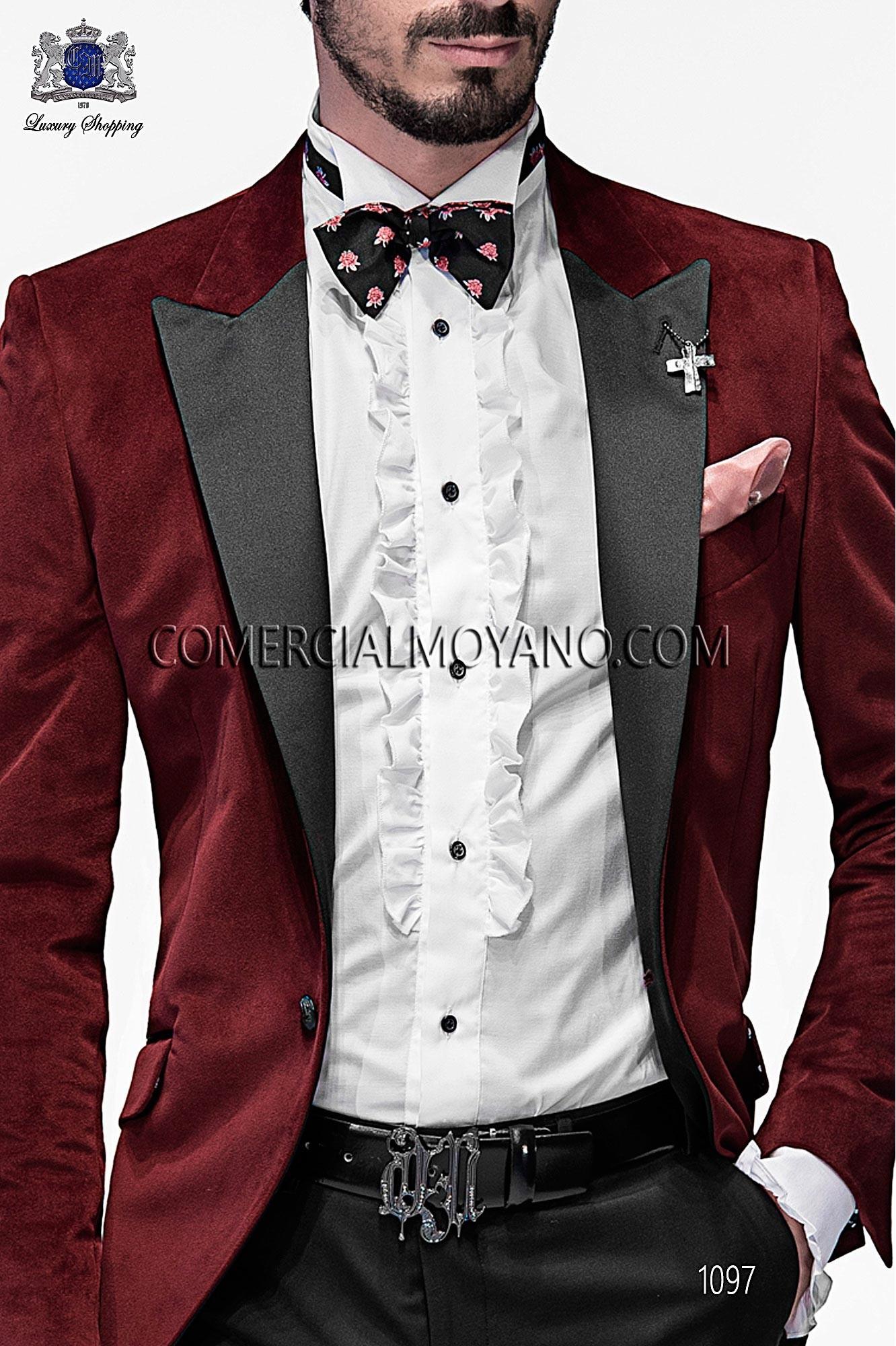 Italian emotion red men wedding suit, model: 1117 Ottavio Nuccio Gala 2017 Emotion Collection