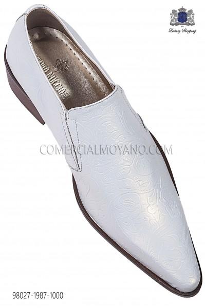 Zapatos botín barroco en piel adamascado blanco