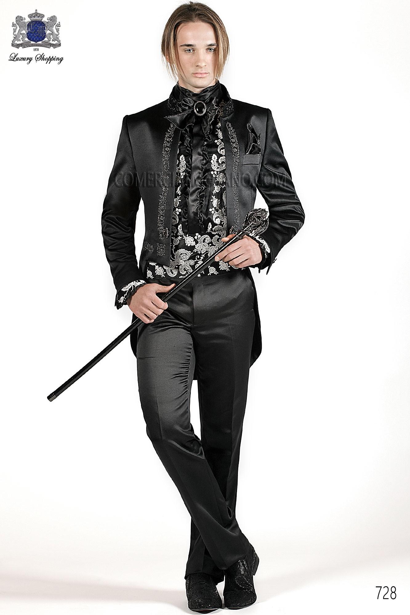 Traje de novio italiano Frac en raso negro con bordado drako en plata y cuello Mao con pedredria, modelo 728 Ottavio Nuccio Gala colección Barroco 2015.
