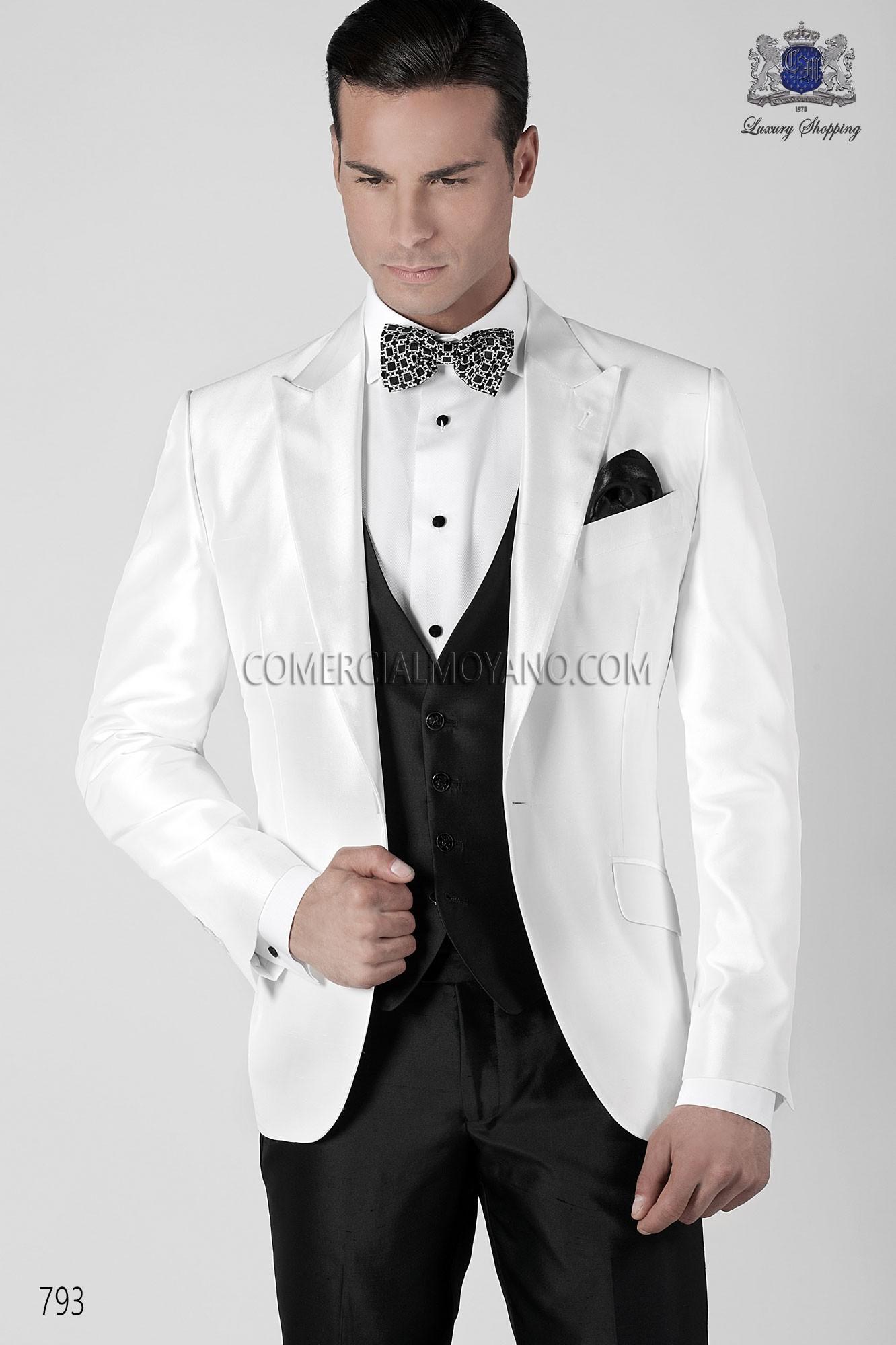 Traje de novio italiano esmoquin blanco modelo 793 Ottavio Nuccio Gala. e0eadd91547