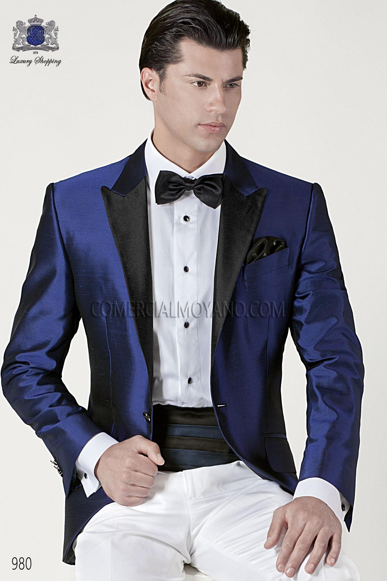 52750a831599a Traje de novio smoking azul royal 980 Ottavio Nuccio Gala. Loading zoom