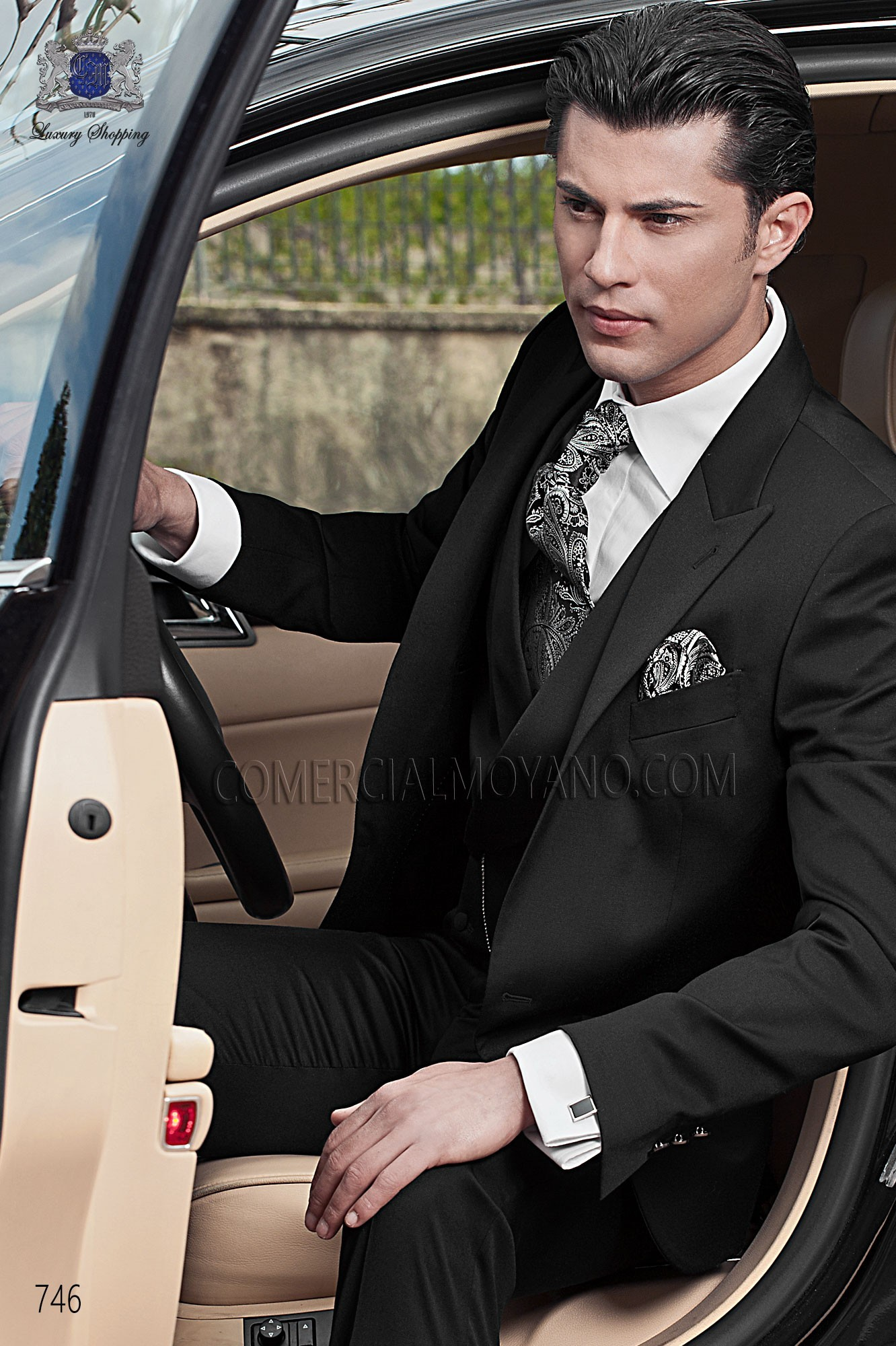 Traje de novio moderno negro modelo: 746 Ottavio Nuccio Gala colección Fashion