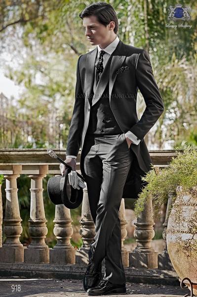 Traje de novio italiano chaqué raya diplomática negro