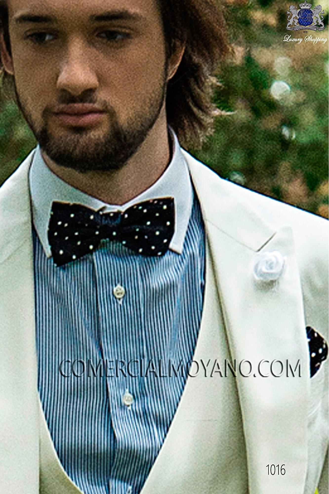 Blue/white polka dots silk bow tie & handkerchief, Ottavio Nuccio Gala.