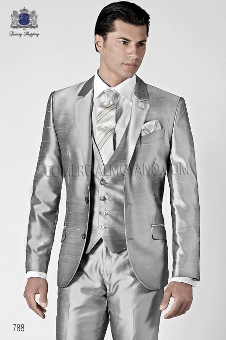 Italian bespoke pearl gray shantung suit with waistcoat, ONGala.