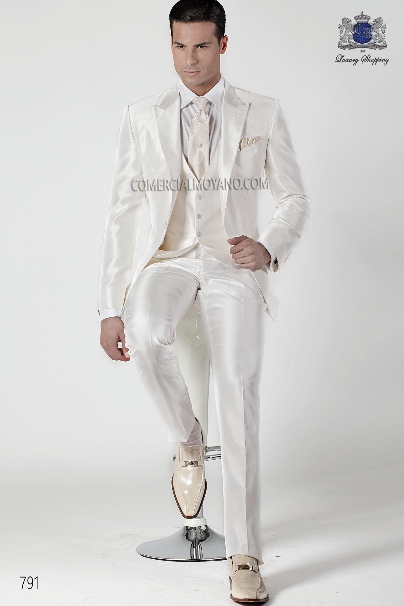 Italian bespoke white shantung suit three-piece, Ottavio Nuccio Gala