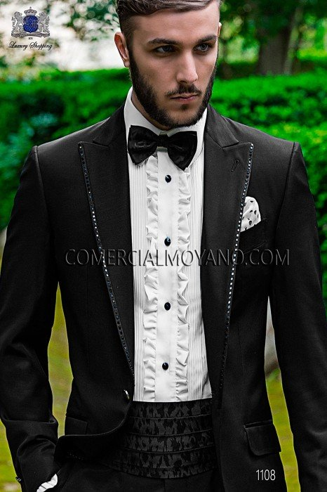 Black jacquard fancy cummerbund and bow tie.