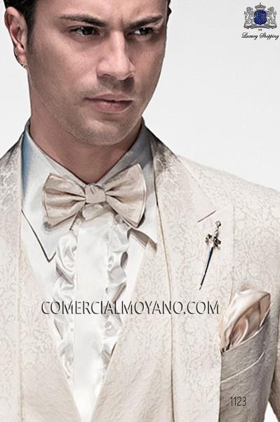 Ivory silk handkerchief 15018-9000-1199 Ottavio Nuccio Gala.