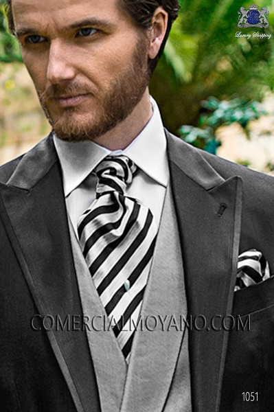Black and silver striped ascot tie and handkerchief 56579-2845-8000 Ottavio Nuccio Gala.
