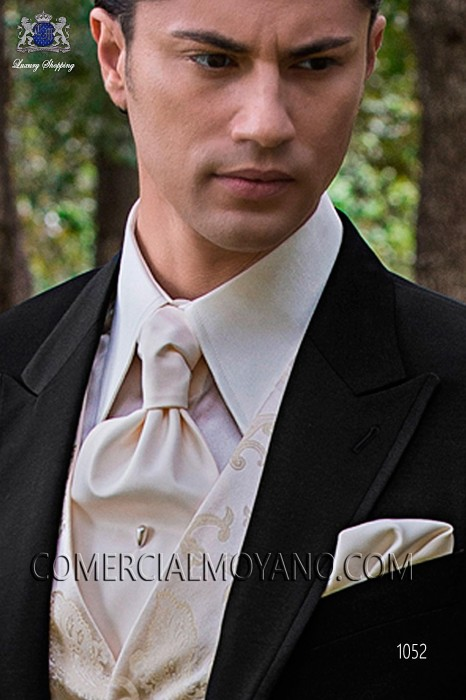 Ivory satin ascot tie and handkerchief 56579-2640-1000 Ottavio Nuccio Gala.