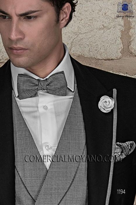 Black paisley silk handkerchief 15019-2879-8100 Ottavio Nuccio Gala.