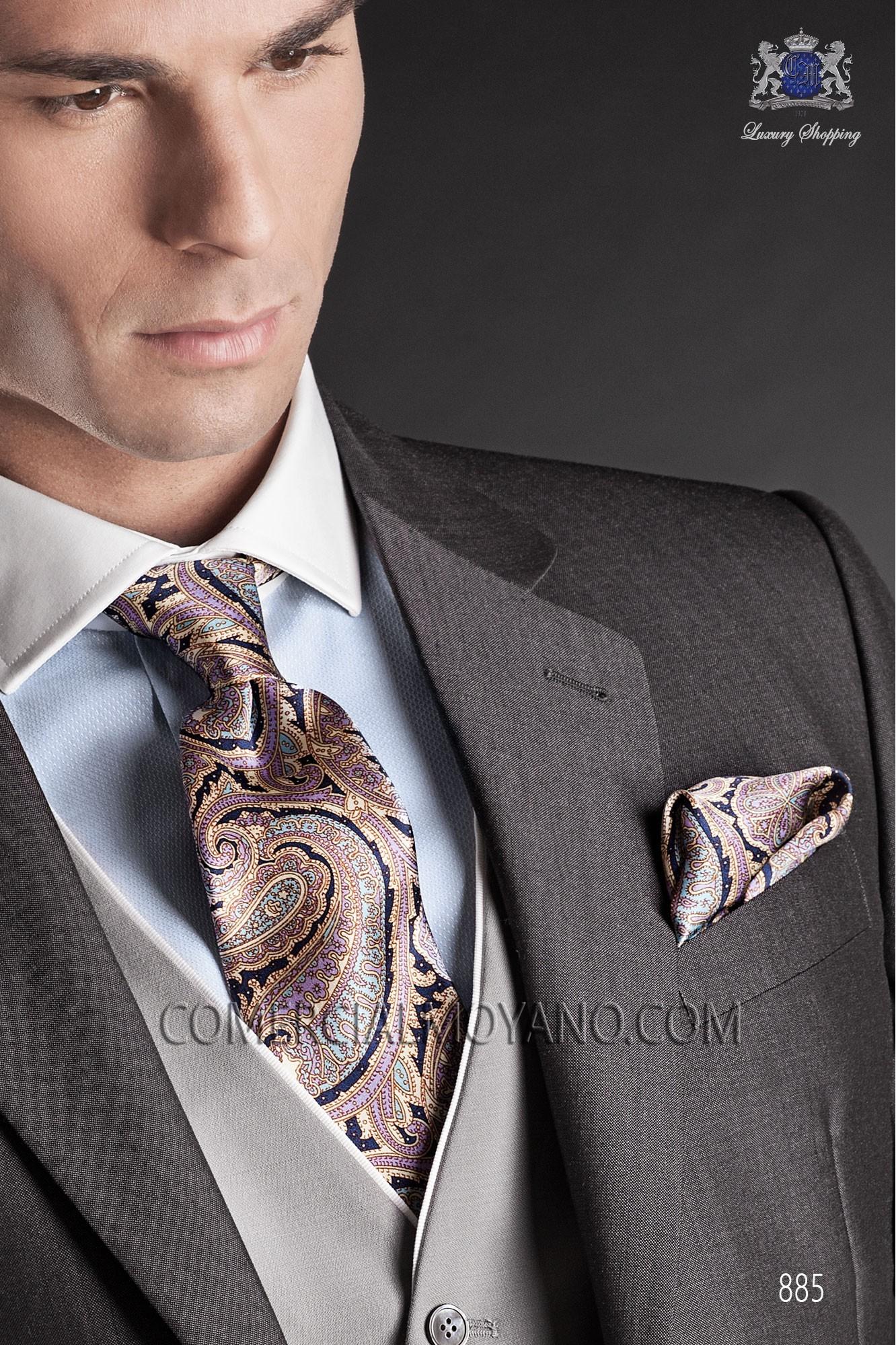 Corbata y pañuelo en seda estampada con diseño cashmere Ottavio Nuccio Gala.