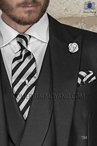 Black and silver striped tie and handkerchief 56502-2845-8000 Ottavio Nuccio Gala.