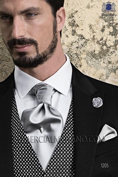 Silver satin ascot tie and handkerchief 56579-5201-7100 Ottavio Nuccio Gala.
