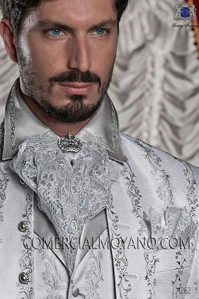 Plastron puntilla blanco con lurex plata, con pañuelo 56546-2754-7000 Ottavio Nuccio Gala.