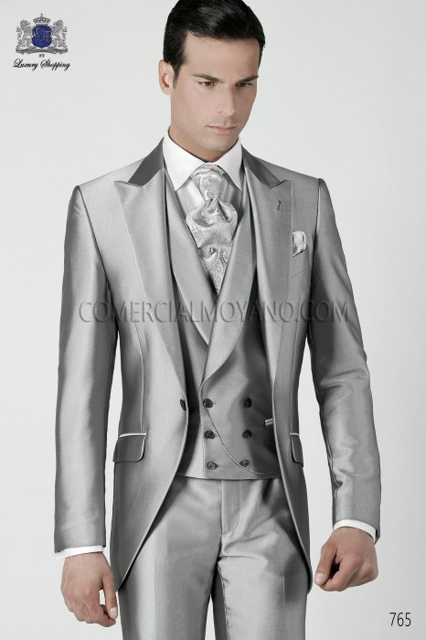Italian pearl gray short frock groom suit