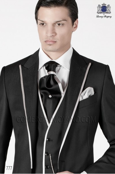 Black and white ascot with white handkerchief Ottavio Nuccio Gala.