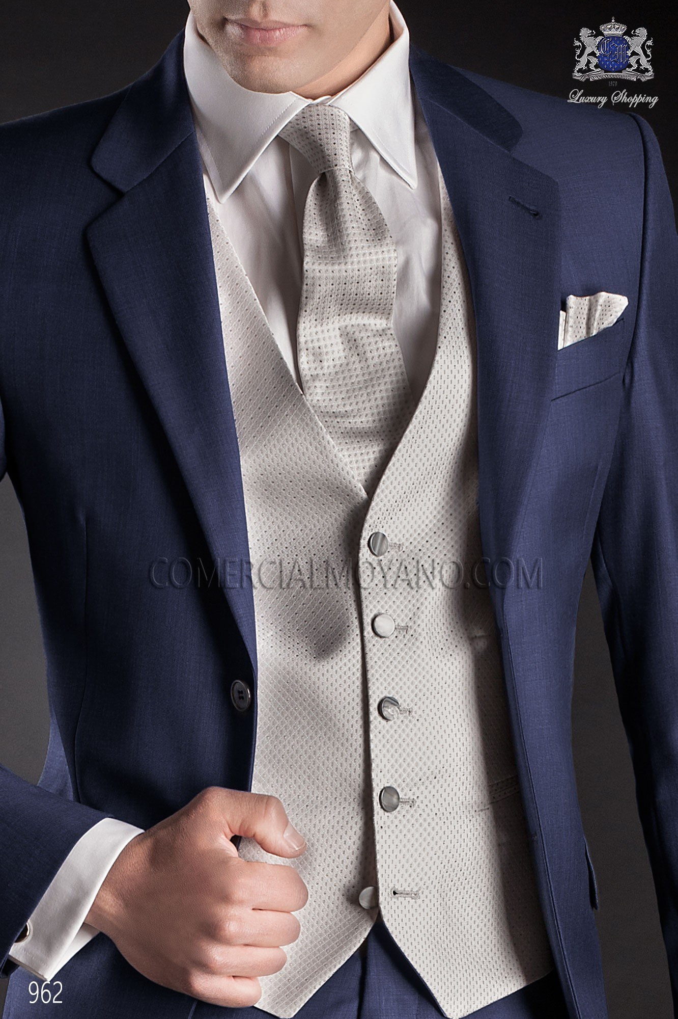 Pearl gray men wedding waistcoat in micro patterned pure jacquard silk fabric, Ottavio Nuccio Gala collection.