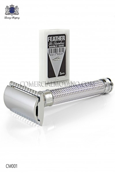 Classic English shaving razor. Chromed metal with laser engraved diamond design