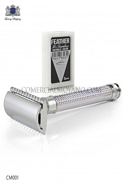 Maquinilla clásica de afeitar inglesa. Metal cromado con grabado laser diseño diamante