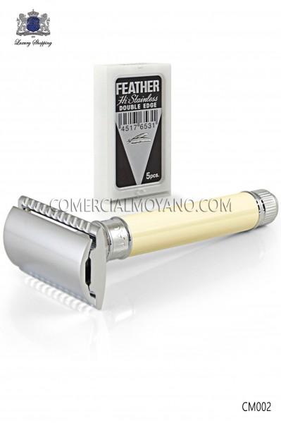 Maquinilla clásica de afeitar inglesa. Cabezal metálico con elegante empuñadora color marfil. Edwin Jagger.