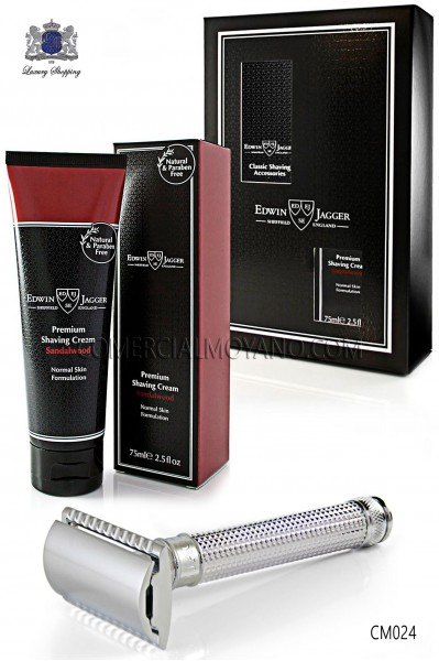 Pack English shaving with gift box. Classic metal shaving razor and shaving cream tube 75 ml Sandalwood