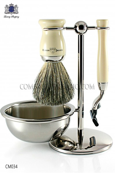 Juego de afeitado inglés color marfil, soporte metálico con bol para jabón, maquinilla y brocha. Edwin Jagger.