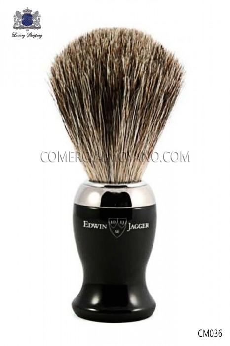 Elegante brocha de afeitar inglesa con autentico pelo de tejón natural. Edwin Jagger.