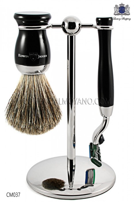English Game shaving ebony black color, with metallic support, razor and brush. Edwin Jagger.