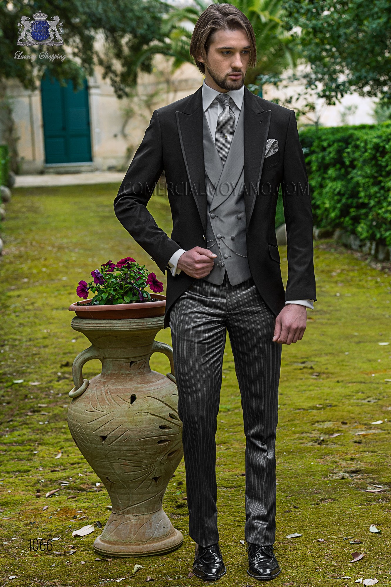 Italian bespoke black wedding suit style 1066 Ottavio Nuccio Gala.