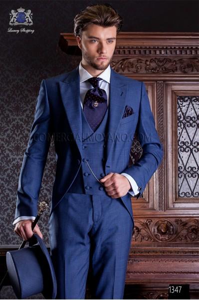 """Chaqué de sastrería italiana de elegante corte """"Slim"""", una apertura. Tejido Príncipe de Gales azul."""