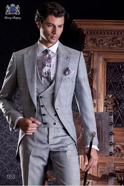 "Elegant frock coatItalian tailoring cut ""Slim"", an opening. Prince of Wales fabric"