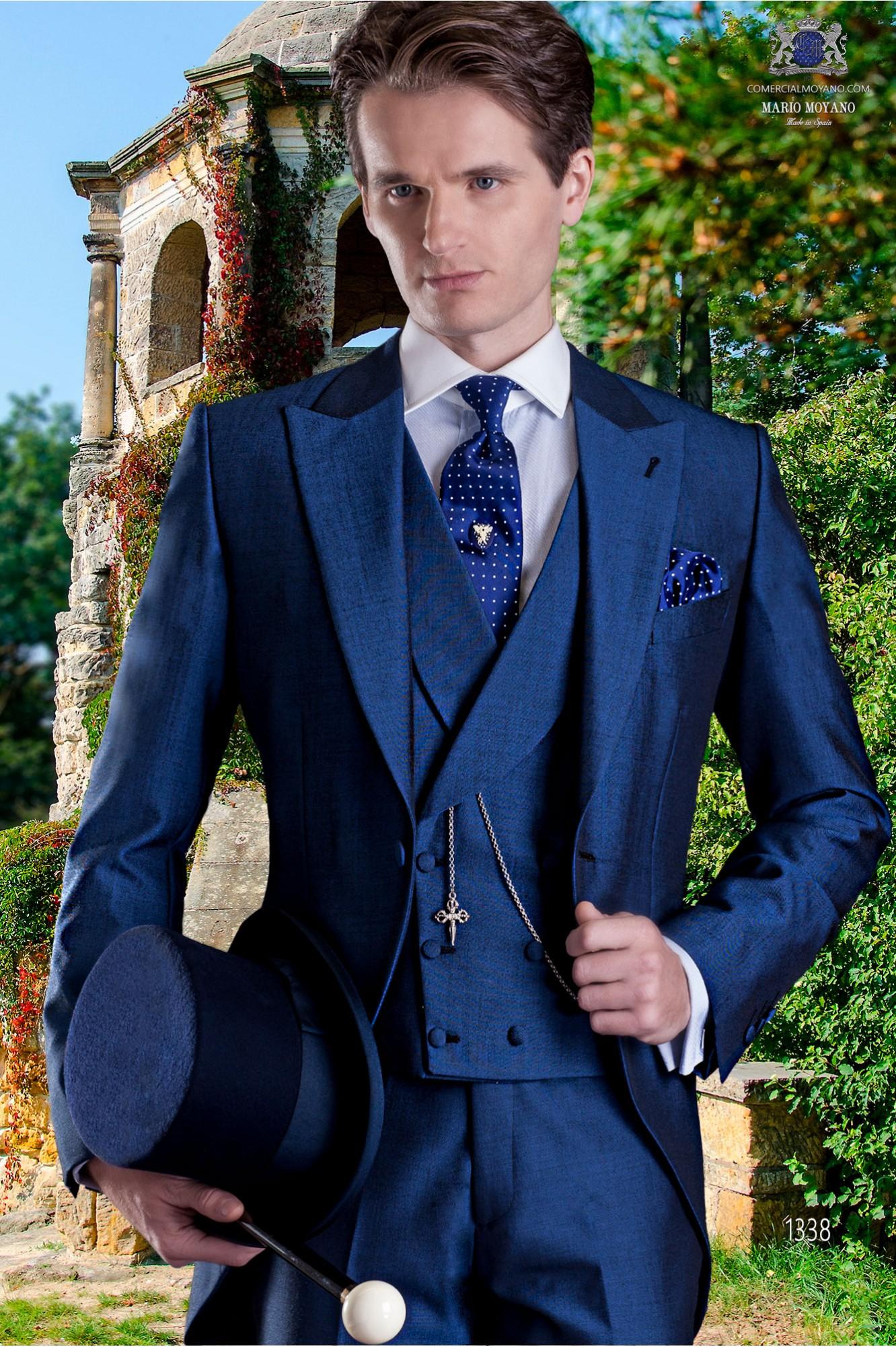 f743293eda2aa Chaqué azul de novio estilo entallado.  http   www.comercialmoyano.com es 1845-chaque-. MODELO 1338 OTTAVIO NUCCIO  GALA