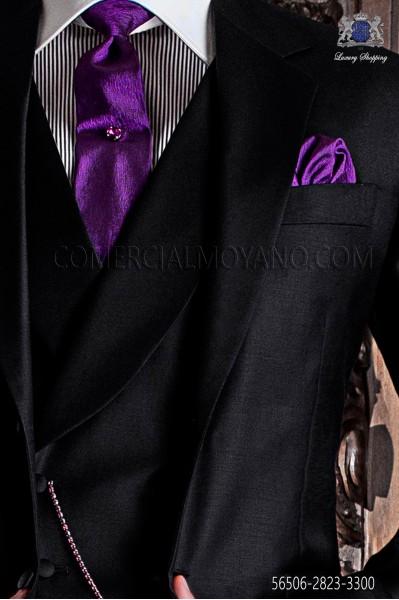Tie fuchsia background with white polka dots.