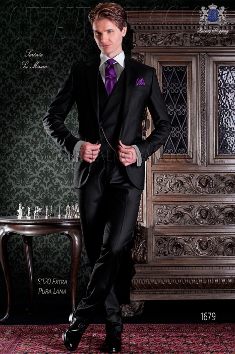 """Italian tailoring suit stylish cut """"Slim"""" two buttons. 100% wool fabric in black color."""