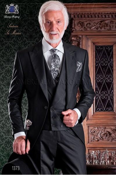 """Chaqué de sastrería italiana de elegante corte """"Slim"""". Tejido raya diplomática."""
