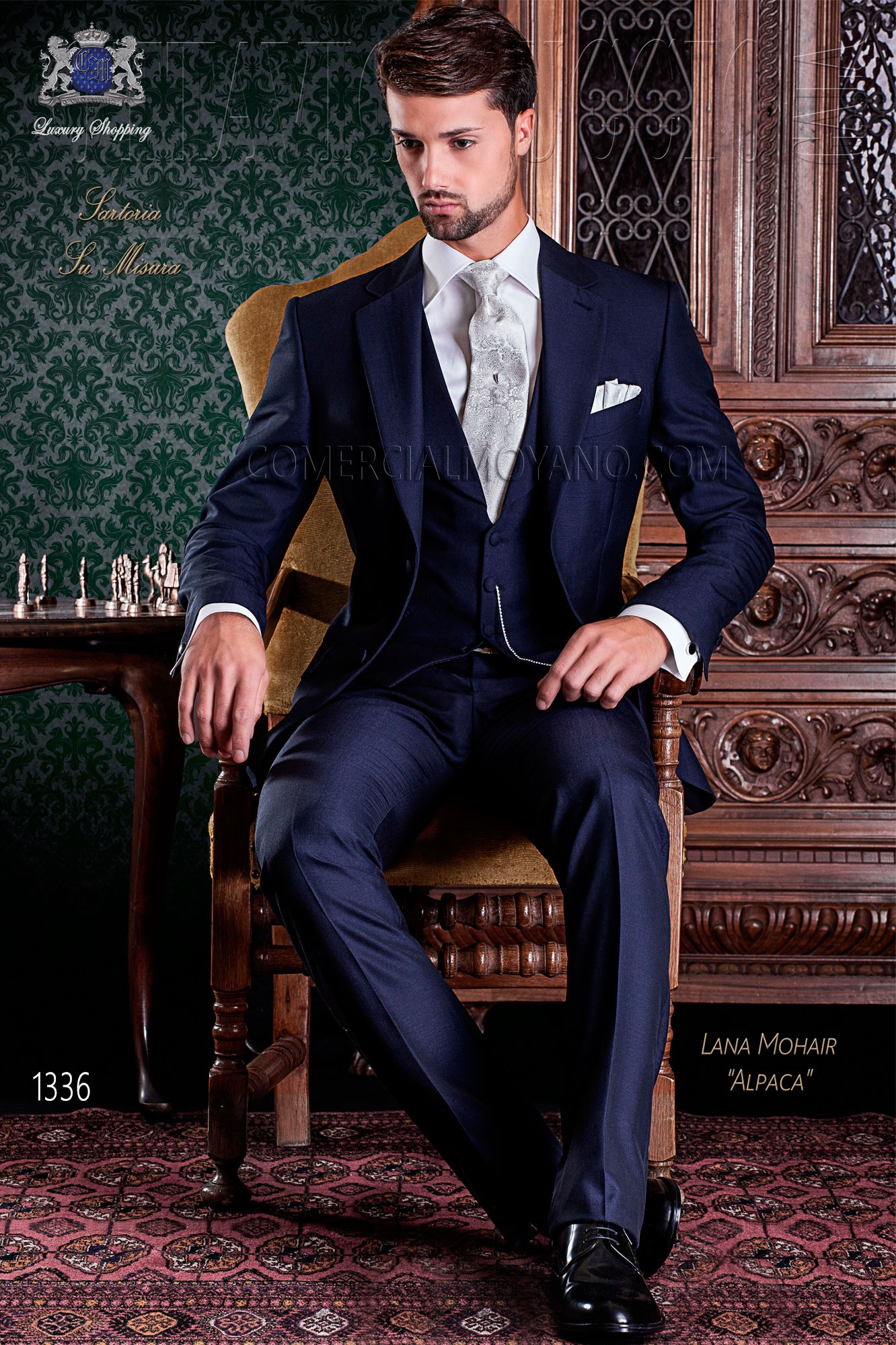Elegant blue groom suit cutting Italian Ottavio Nuccio Gala