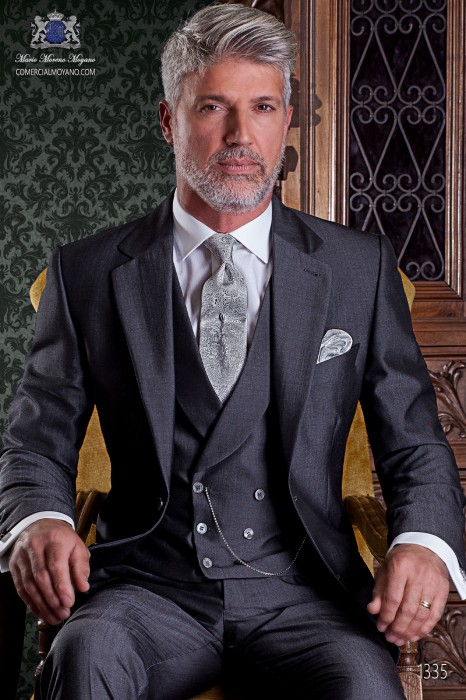 """Italian tailoring suit stylish cut """"Slim"""" two buttons. Woven alpaca wool charcoal."""
