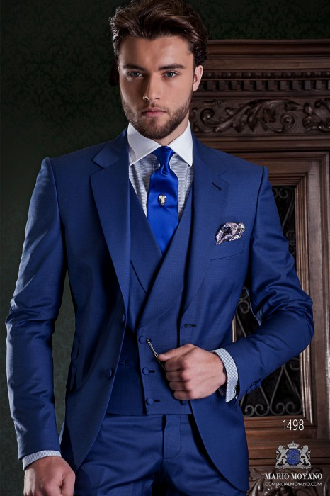 """Italian tailoring suit stylish cut """"Slim"""" Match Girl pocket and two buttons. Cool blue wool fabric."""