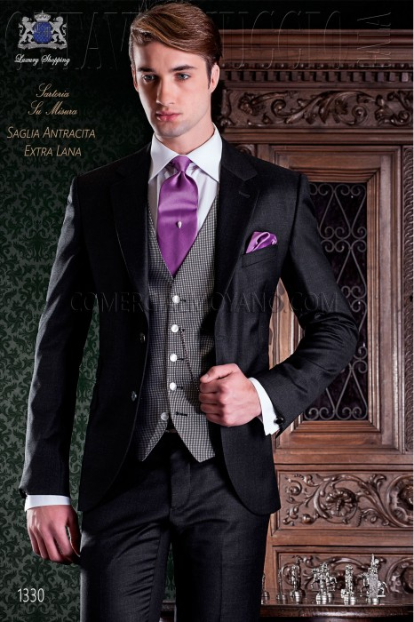 "Italian tailoring suit 2-piece, elegant cut ""Slim"" Match Girl pocket with two buttons. Charcoal gray wool fabric"