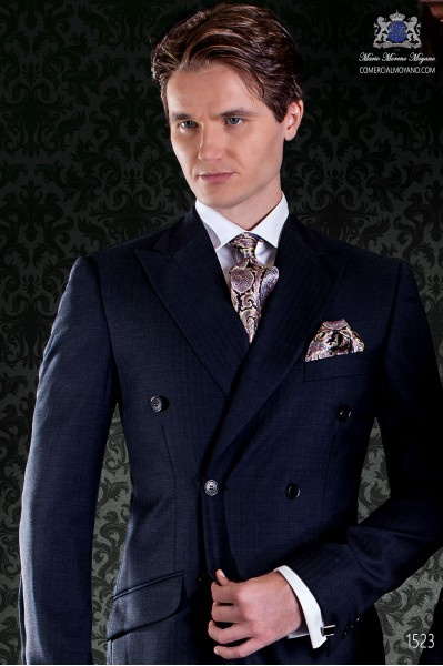 "Traje cruzado de sastrería italiana con elegante corte ""Slim"" 100% lana azul marino."