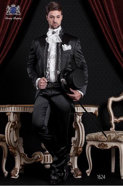 Traje de novio Barroco. Traje levita de época en tejido raso negro con bordado plata.