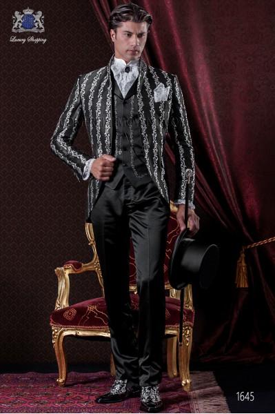 Traje de novio Barroco. Levita de época en tejido brocado floral negro/blanco y pantalón de raso negro.