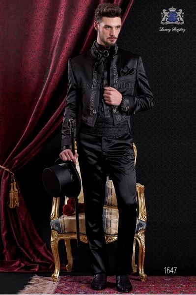 Groomswear Baroque. Frac vintage black satin fabric with gold embroidery spinning.