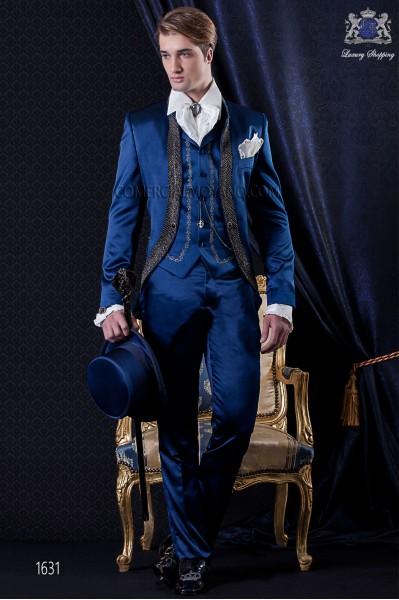 Traje de novio Barroco. Levita de época en tejido raso azul con pedrería.