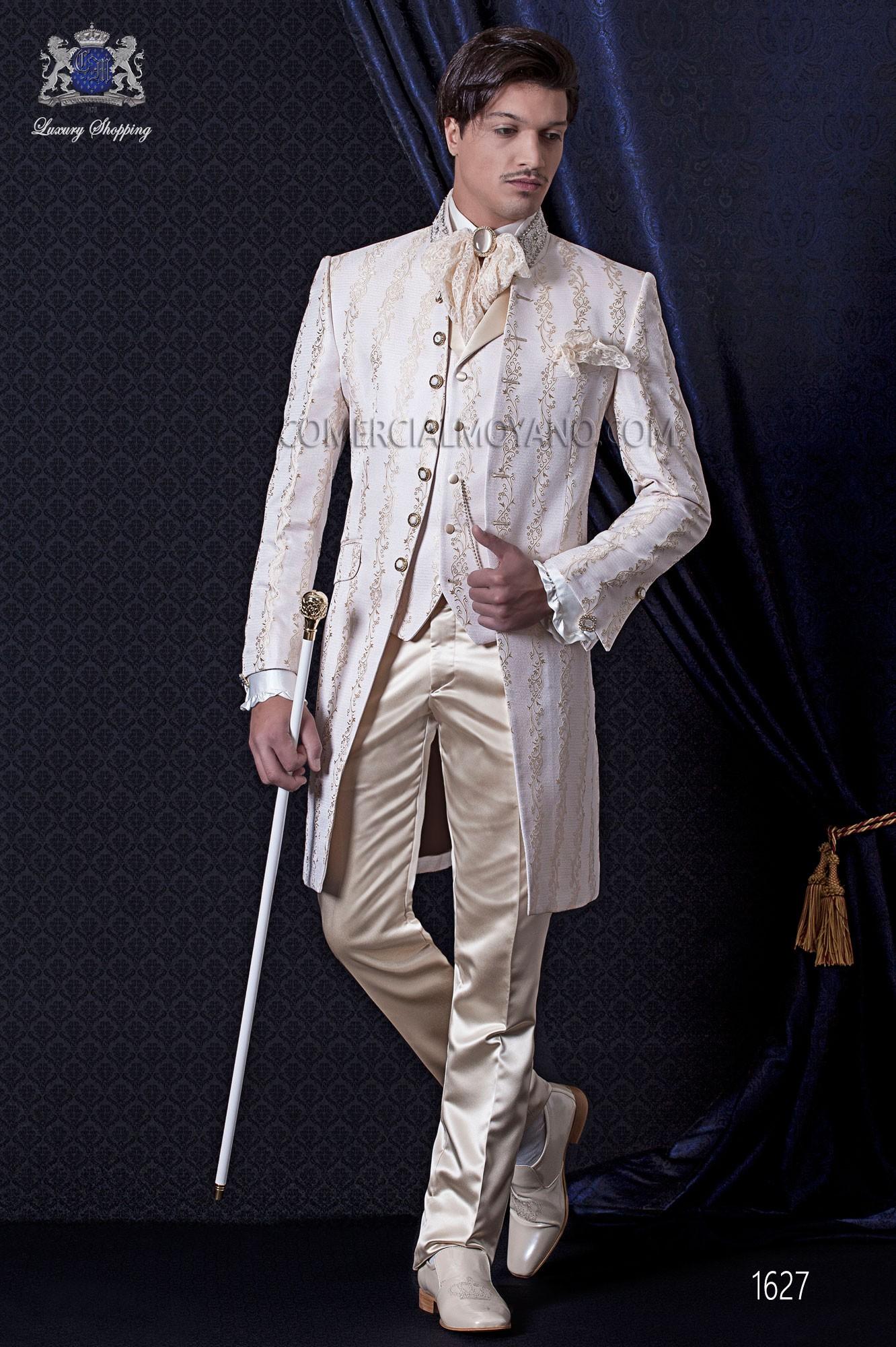 costume de mari baroque veste de costume vintage en tissu de jacquard ivoire avec strass. Black Bedroom Furniture Sets. Home Design Ideas