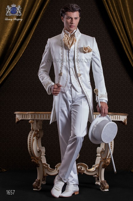 Groomswear Baroque. Vintage coat in white satin embroidered with gold-silver.